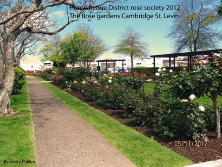 0900 Horowhenua District rose society 2012
