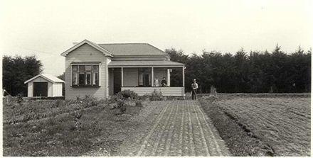 W. Thorley's House, Tiro Tiro Road