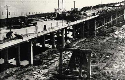 Whirokino Trestle Bridge Under Construction