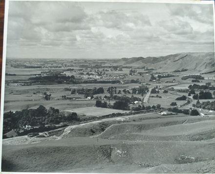 Manakau area, looking north