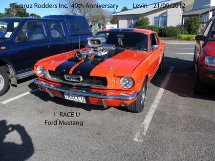 I Race U Ford Mustang