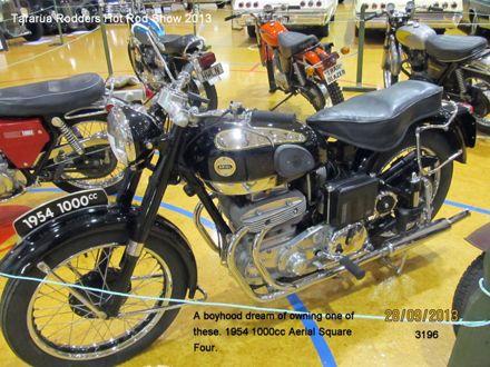 3196 1954 1000cc Aerial Square Four