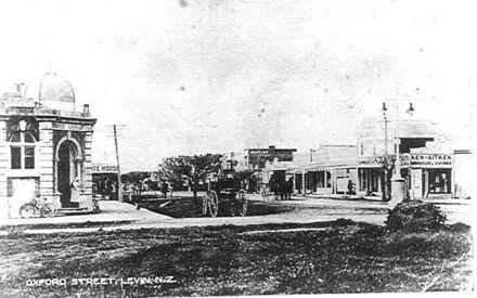 Oxford Street, Levin, c1912