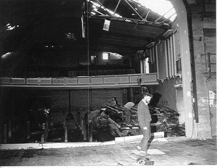 Demolition of Regent Theatre, Levin, 1984