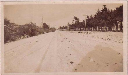 Snowfall on Gladstone Road, 1938