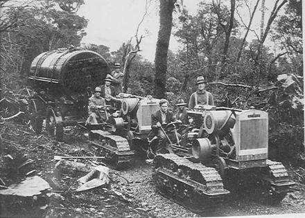 Boiler & 2 tracked machines, Mangahao, 1920