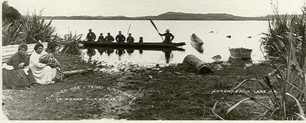 Local Maori and waka, Lake Horowhenua