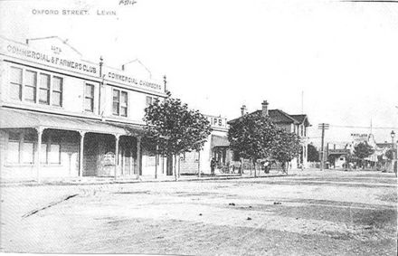 Eastern side of Oxford Street / Queen Street intersection, Levin