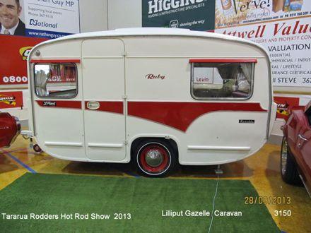 3149 Lilliput Gazelle Caravan