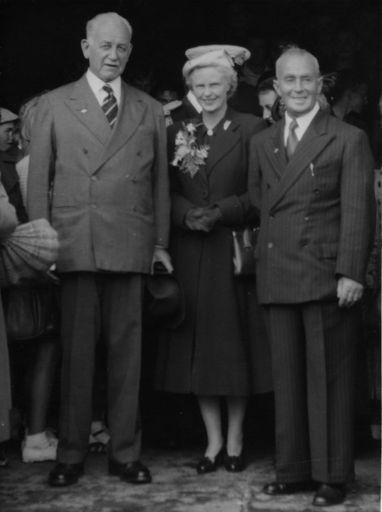 Govenor General Norrie, Lady Norrie and Mayor Podmore 1954