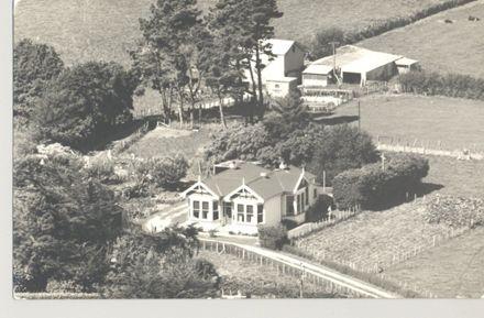 Arthur & Edith Hudson's farm homestead in Fairfield Road