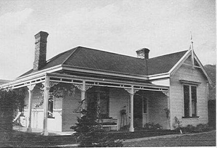 """Denaby"" residence of Herbert Denton, Denton Road"