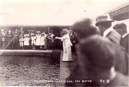 Coronation Baths  1911
