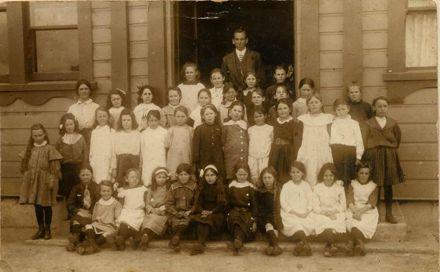 Foxton School Students 1905