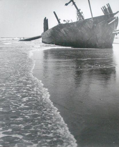 'Hydrabad' shipwreck, Waitarere Beach, c.1950's