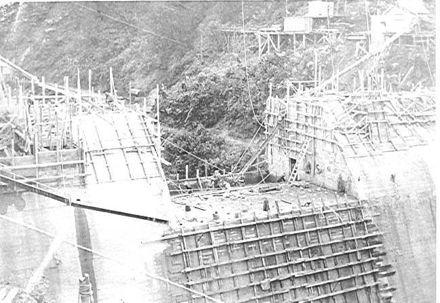 Mangahao Dam (Lower ?), 'filling the gap', 1920's