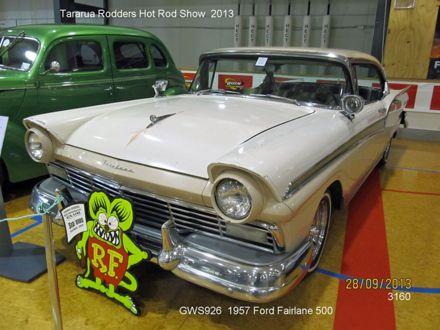 3160 GWS926 1957 Ford fairlane 500