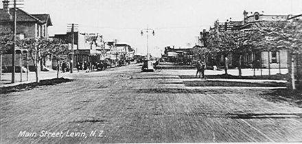 Main Street, (Oxford Street) Levin, N.Z.