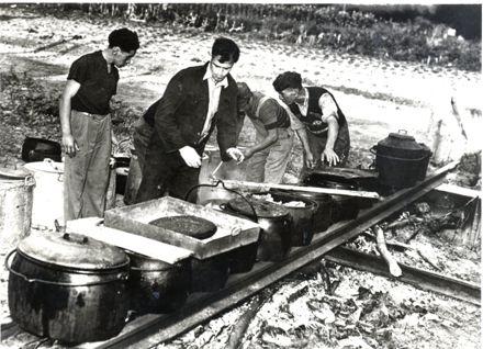 Group of Maori men cooking (Otaki Churches gathering)