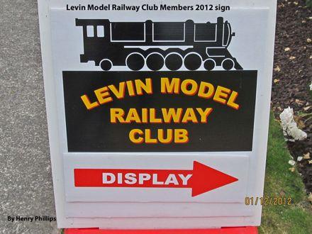 IMG_1334 Levin Model Railway Club Members 2012 sign