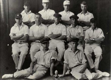 Selwyn Simcox's Cricket Eleven,  Dec 1927 - Jan 1928