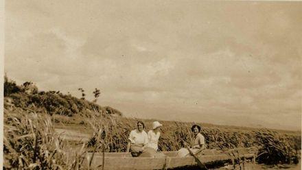 Women in canoe, Lake Horowhenua, c1930