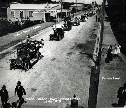 Jenson Building Peace Parade 1918