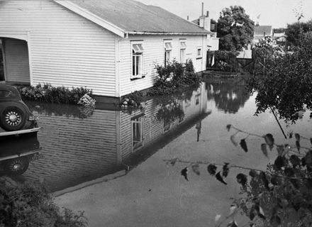 Flood 1956  21-9