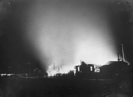 Feilding Box Factory fire - 1939 : 43-4