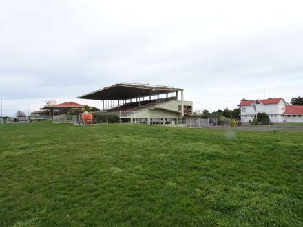 Page 4: Racecourse Buildings