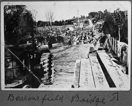 Construction of Beaconsfield Bridge