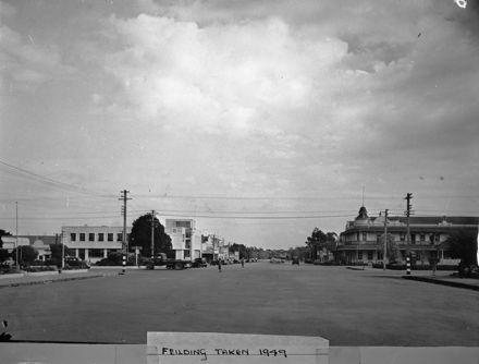 Kimbolton Rd - 1949 : 114/3