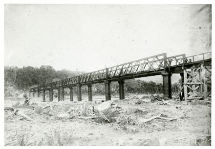 Pohangina River Railway Bridge