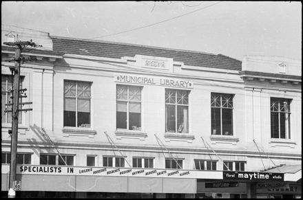 Public Library, corner of The Square and Fitzherbert Avenue