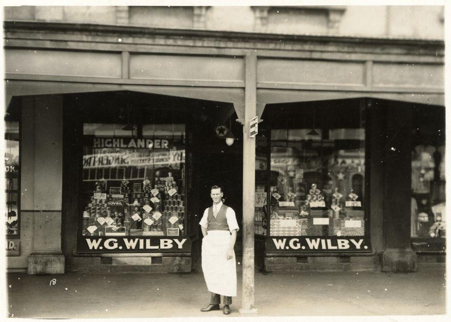 W G Wilby shop, Cuba Street